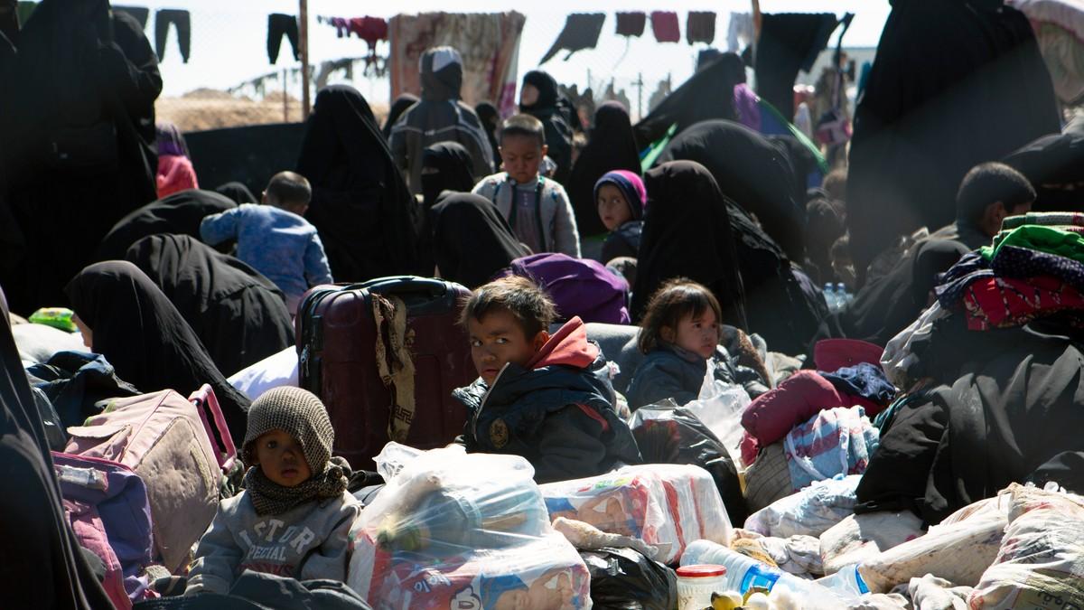 Tidligere statsråder krever at regjeringen henter norske barn hjem fra Syria