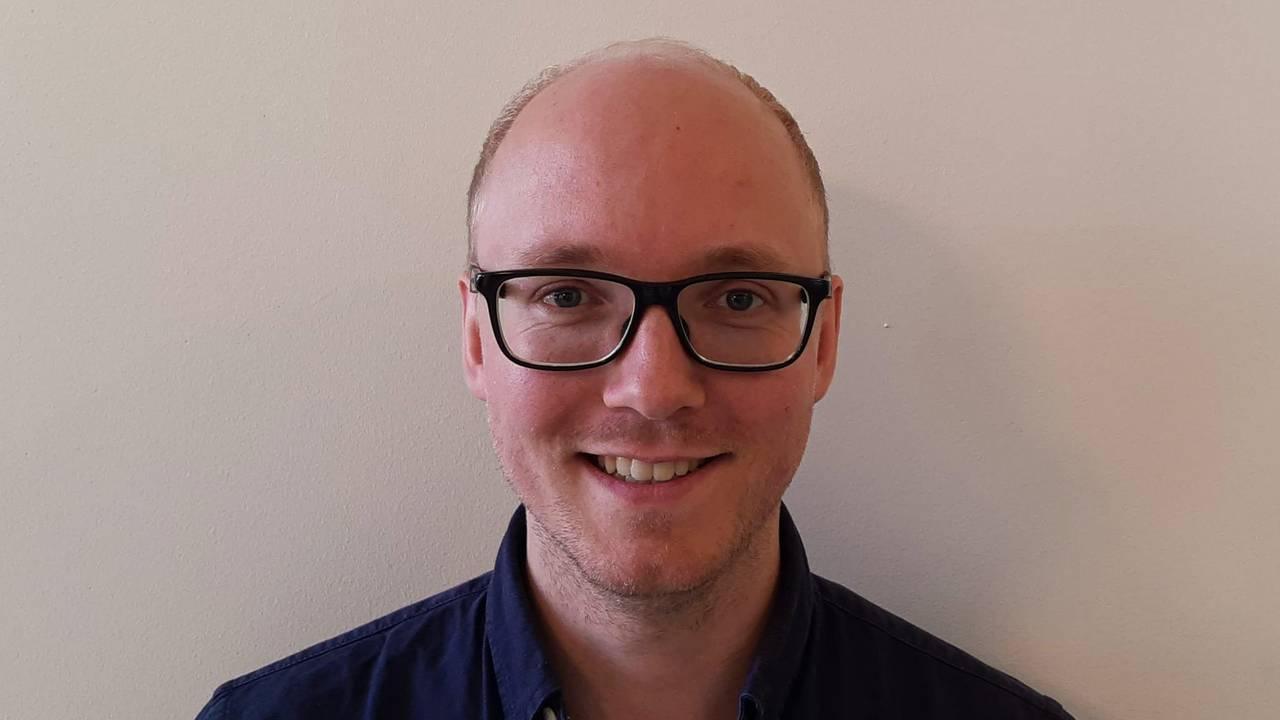 Peter Egge Langsæther er valgforsker ved Institutt for statsvitenskap ved Universitetet i Oslo (UiO).