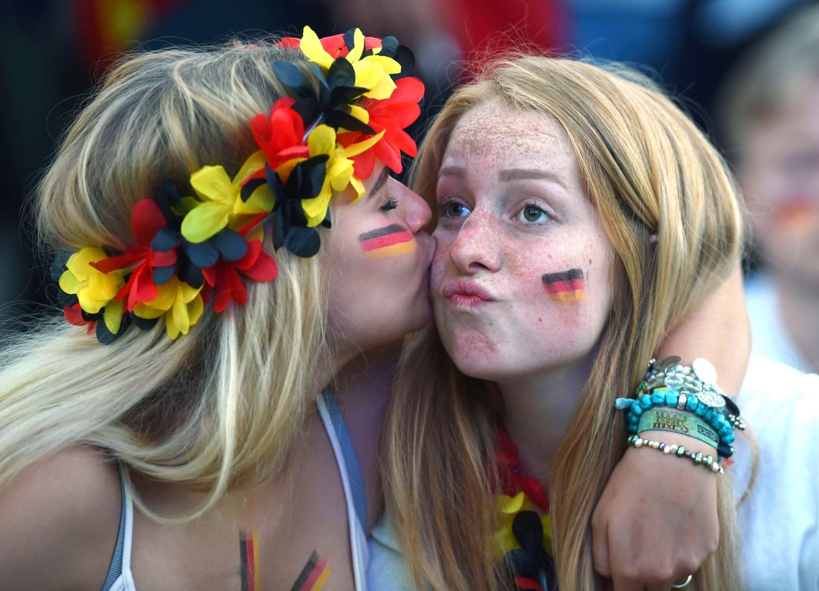 Det kan være godt med litt trøst. Tyskland tapte 2-0 mot Frankrike i EM i fotball den syvende juli.