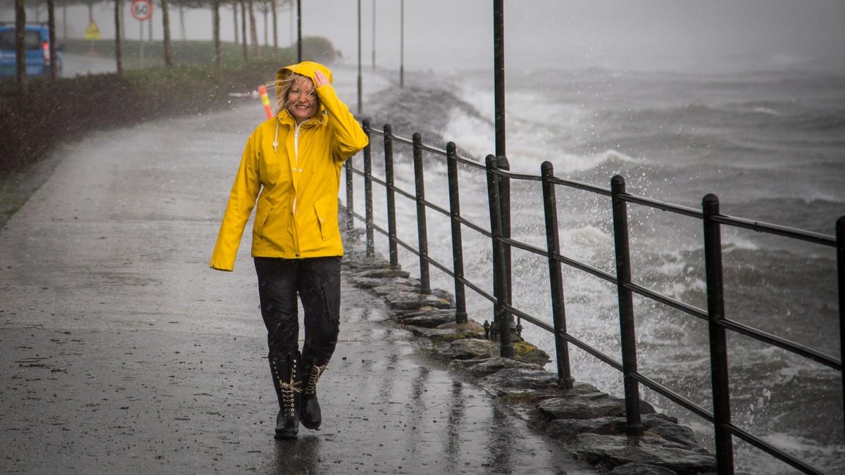 Kvinnen i vinden - Foto: Erik Waage/NRK