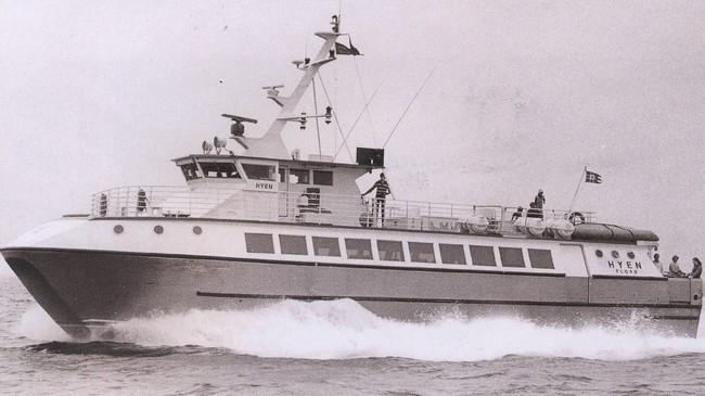 """Snøggbåten """"Hyen"""" vart levert frå Brødrene Aa i Hyen i 1981. Foto: Harry Runderheim. Eigar: Fjord1 Fylkesbaatane."""