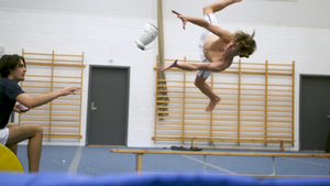 Utrolige utøvere: 7. En mann. En trampoline
