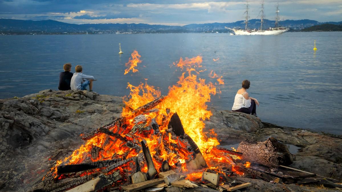 Halve Norge får fin sankthans