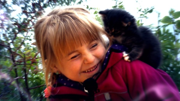 Bli med Bertine på besøk til spennende dyr.