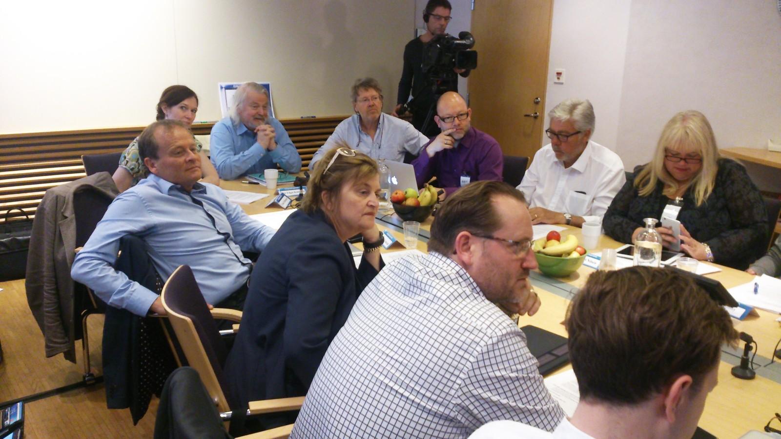 Kringkastingsrådet ledet av Per Edgar Kokkvold har møte i Stockholm i 2015.