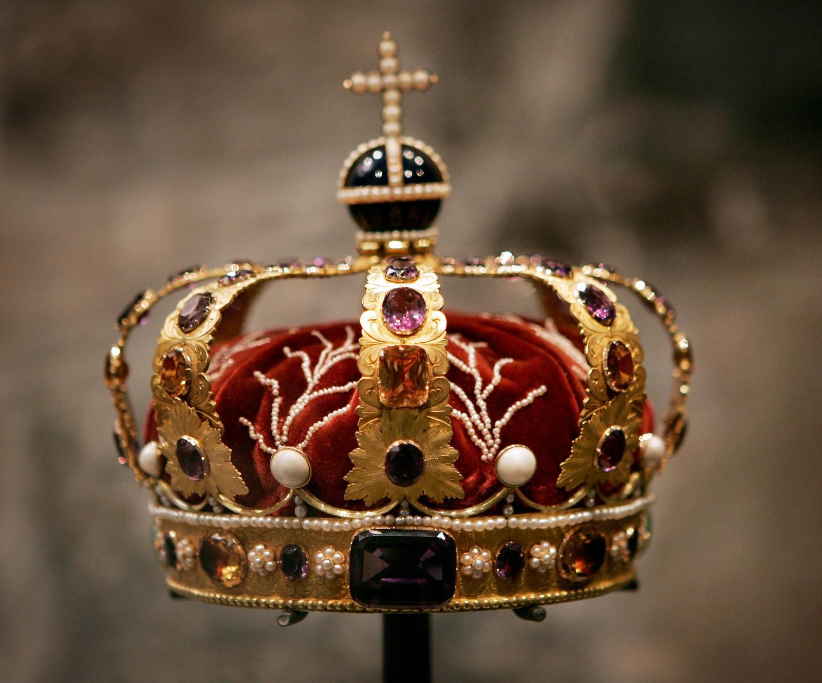 Dronningens krone - laget i Stockholm i 1830