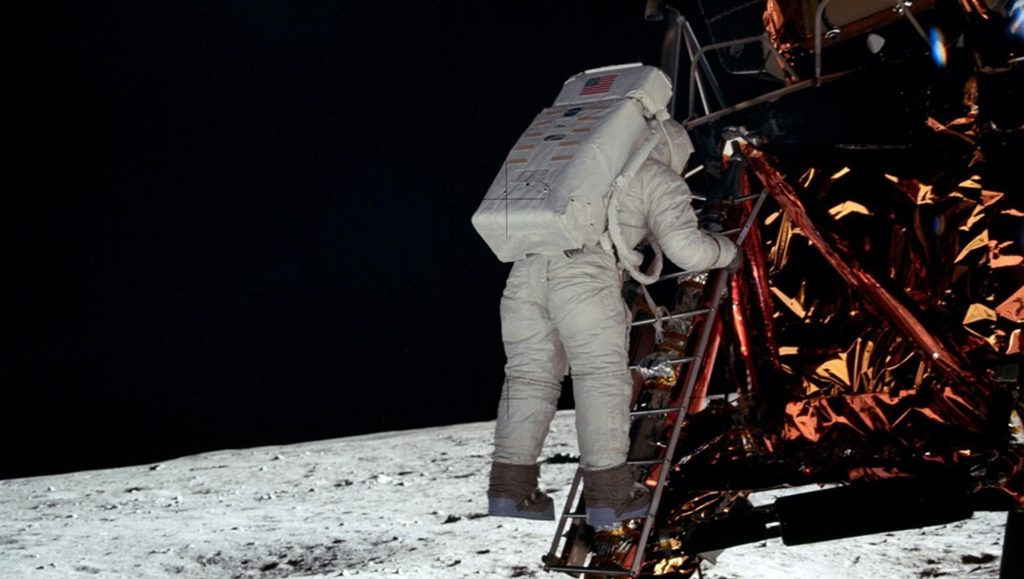 astronauts apollo 11 - 990×727