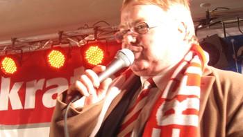 Sølvfesten - en glad, men hes speaker; Dag Solheim