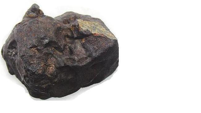 Meteoritten som Jan Erik Mardal fann på Vesle-Kari. Foto: Tidsskriftet Astronomi.