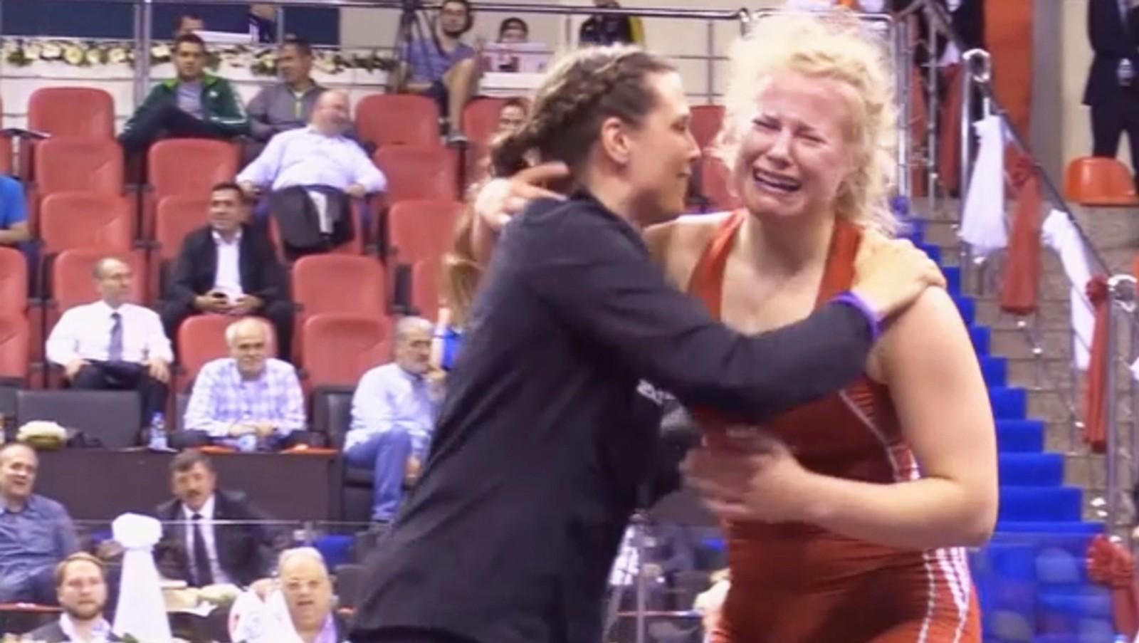 Her skjønner Signe Marie Fidje Store at hun har kvalifisert seg til OL i Rio.