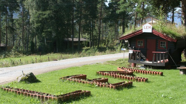 Lems Bungalows. Foto: Kjell Arvid Stølen, NRK.