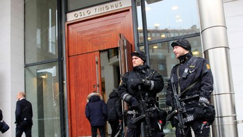 Oslo tinghus under fengslingsmøtet for Breivik