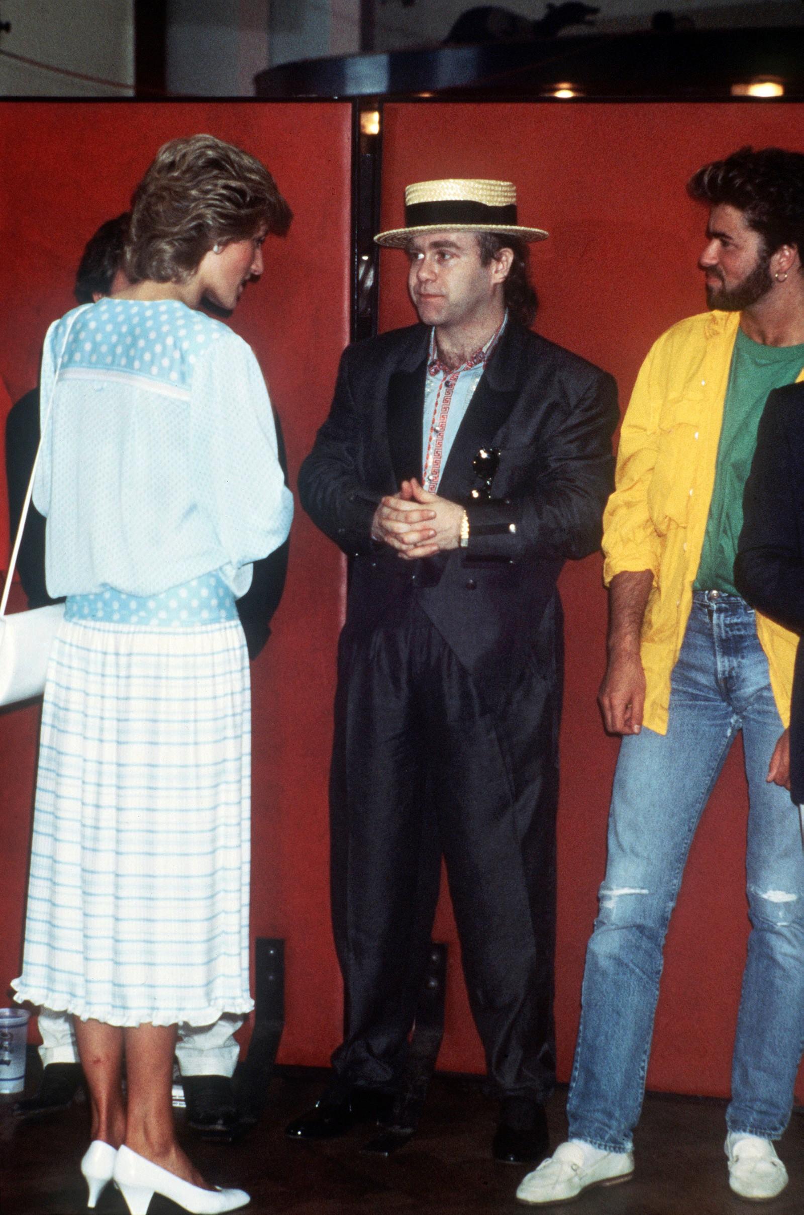 1985: Prinsesse Diana, Elton John og George Michael på Band Aid-konserten på Wembley i London 13. juli 1985.