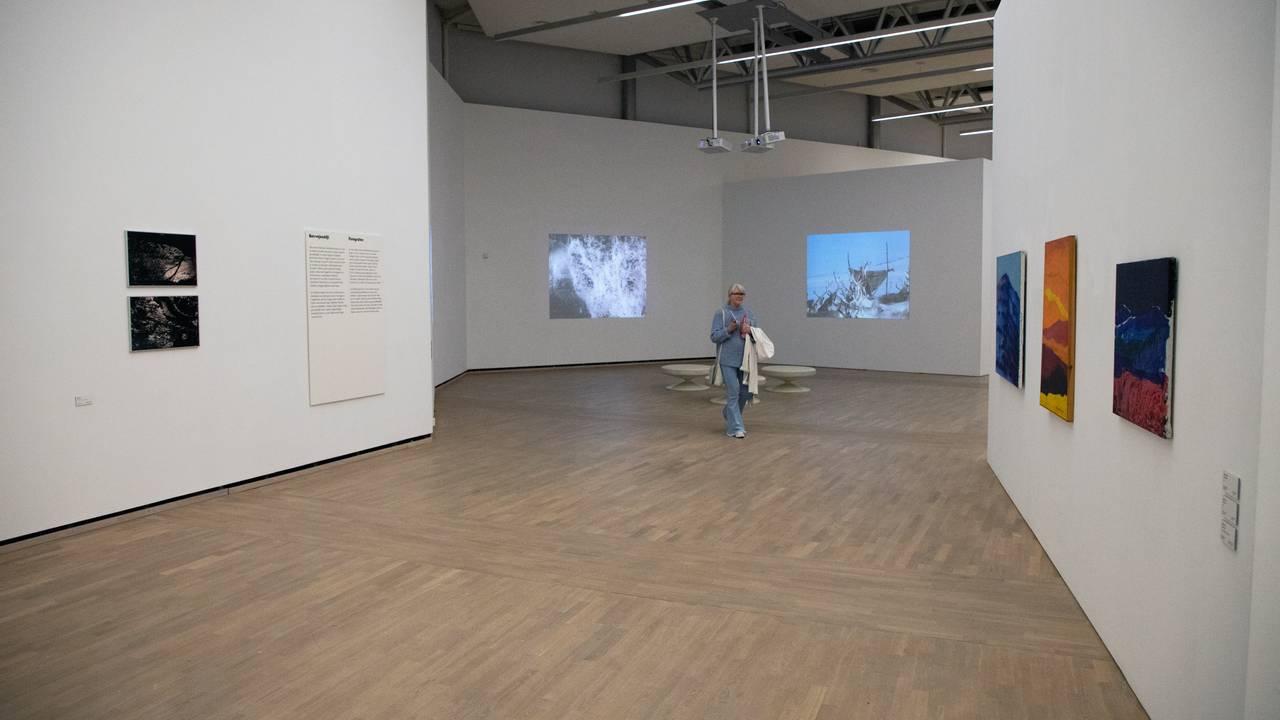 Slik ser Áillohaš-utstillingen ut ved Henie Onstad-museet