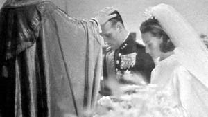 Kongefamilien: H.K.H. kronprins Harald og frøken Sonja Haraldsens bryllup