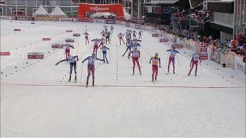 Det ble seier til russerne under fellestarten. Sundby kom på en 3. plass.