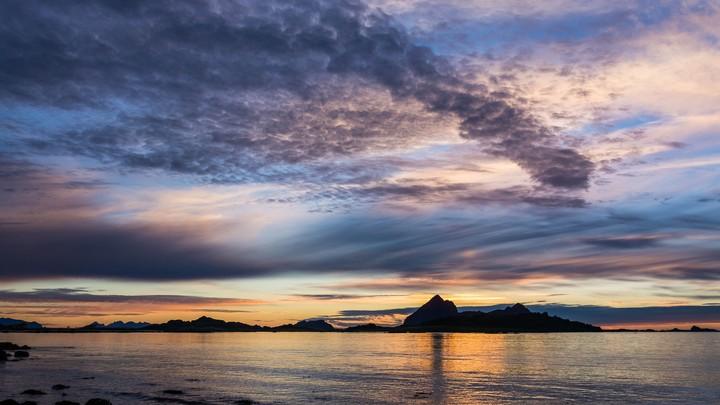 Skyer i ulik høyde - Foto: Line Kristiansen
