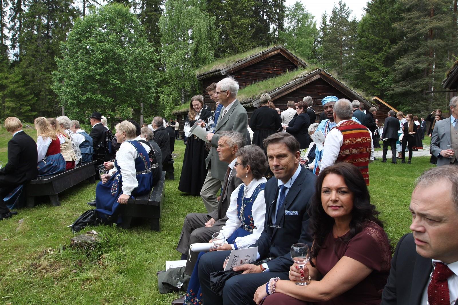 600 gjester var invitert til hagefesten på Maihaugen.