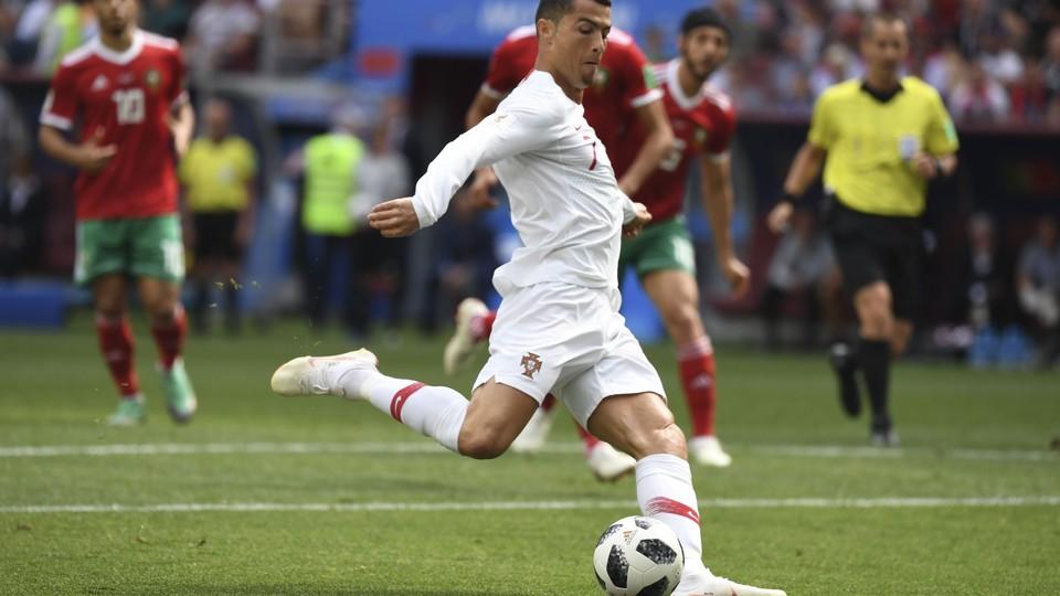 Fotball - VM: Høydepunkter Portugal - Marokko, Uruguay - Saudi-Arabia og Iran - Spania