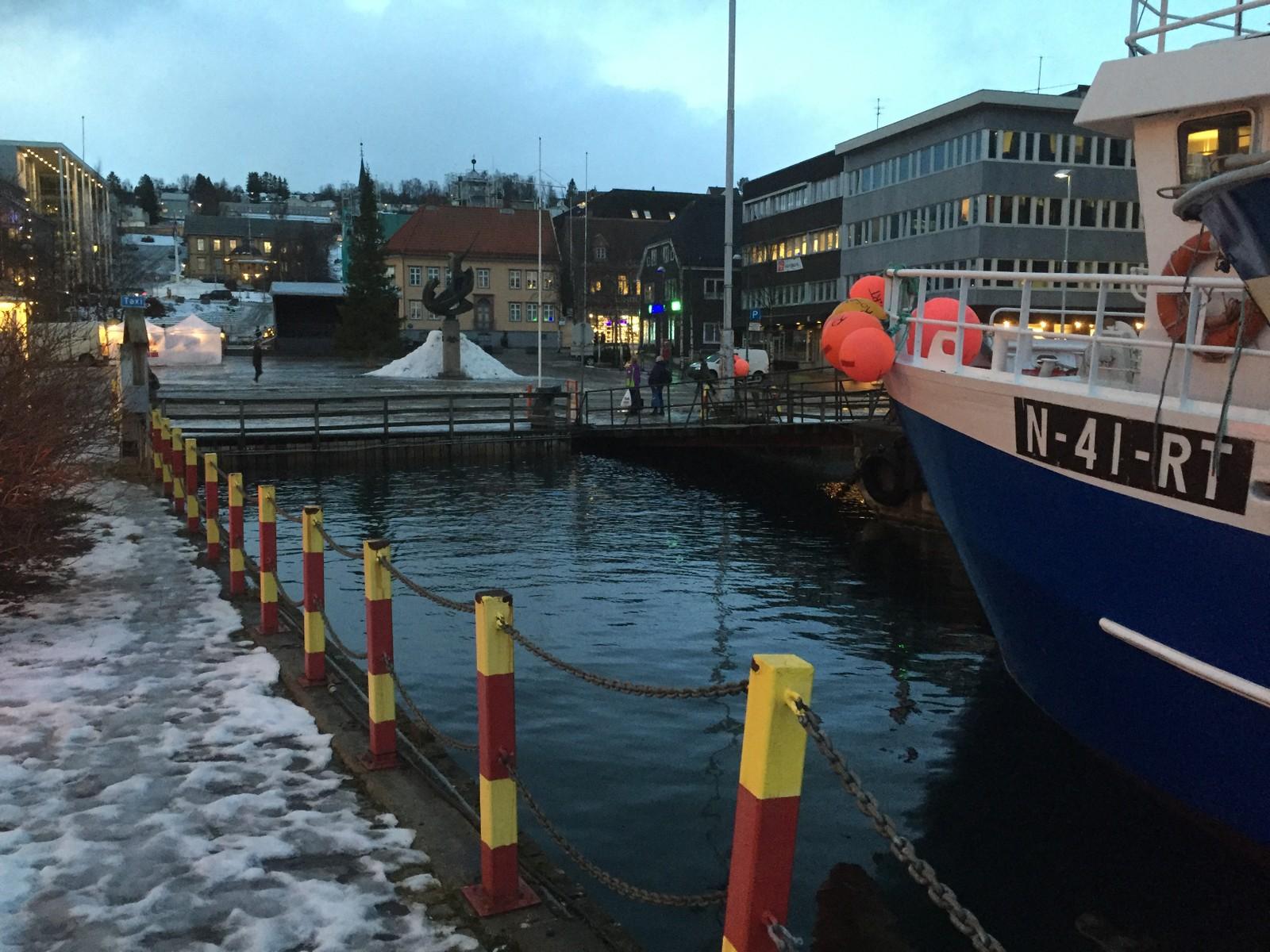 Springflo i Tromsø sentrum 27. november 2015.