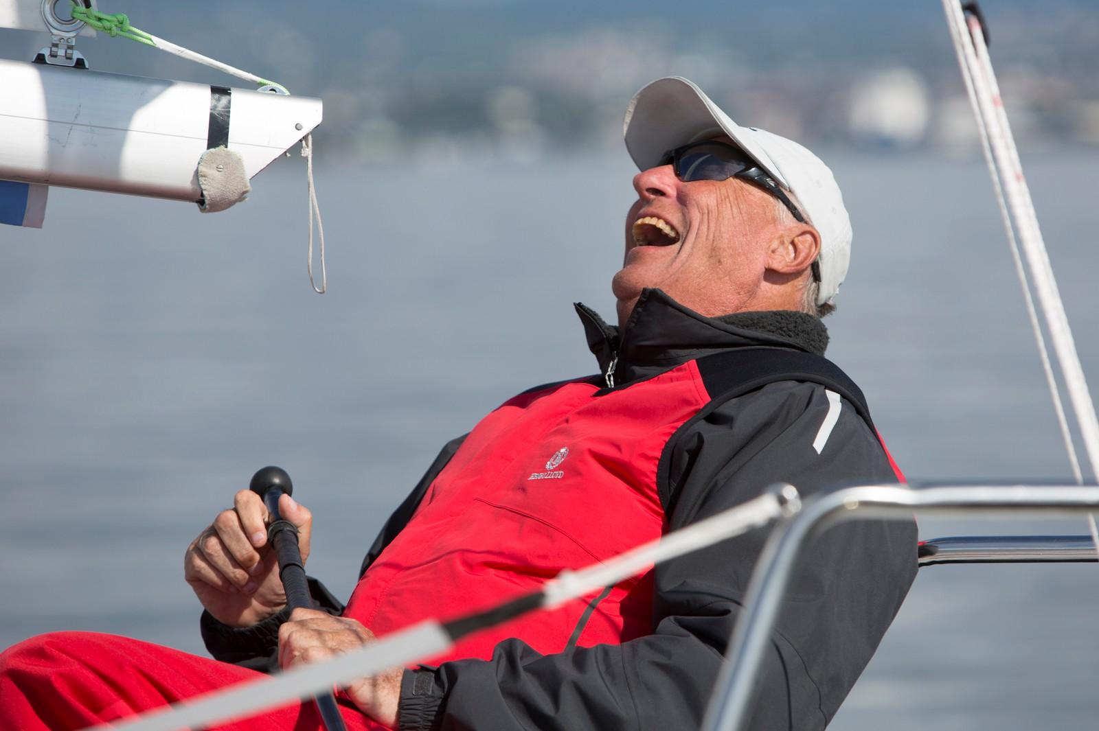 Kong Harald seiler NM i Bunnefjorden i 2014 med båten Fram XVII.