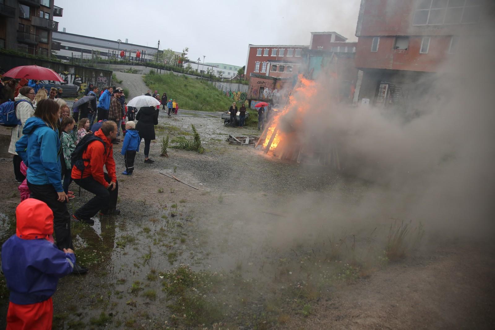 St. Hans-feiring ved Tou Scene i Stavanger