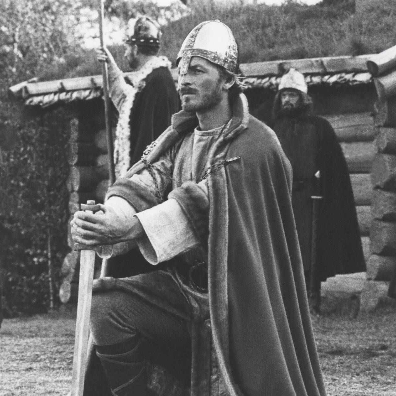 Erik Hivju spilte konge på Stiklestad i 1979.