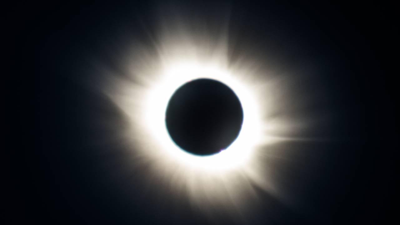 Total solformørkelse