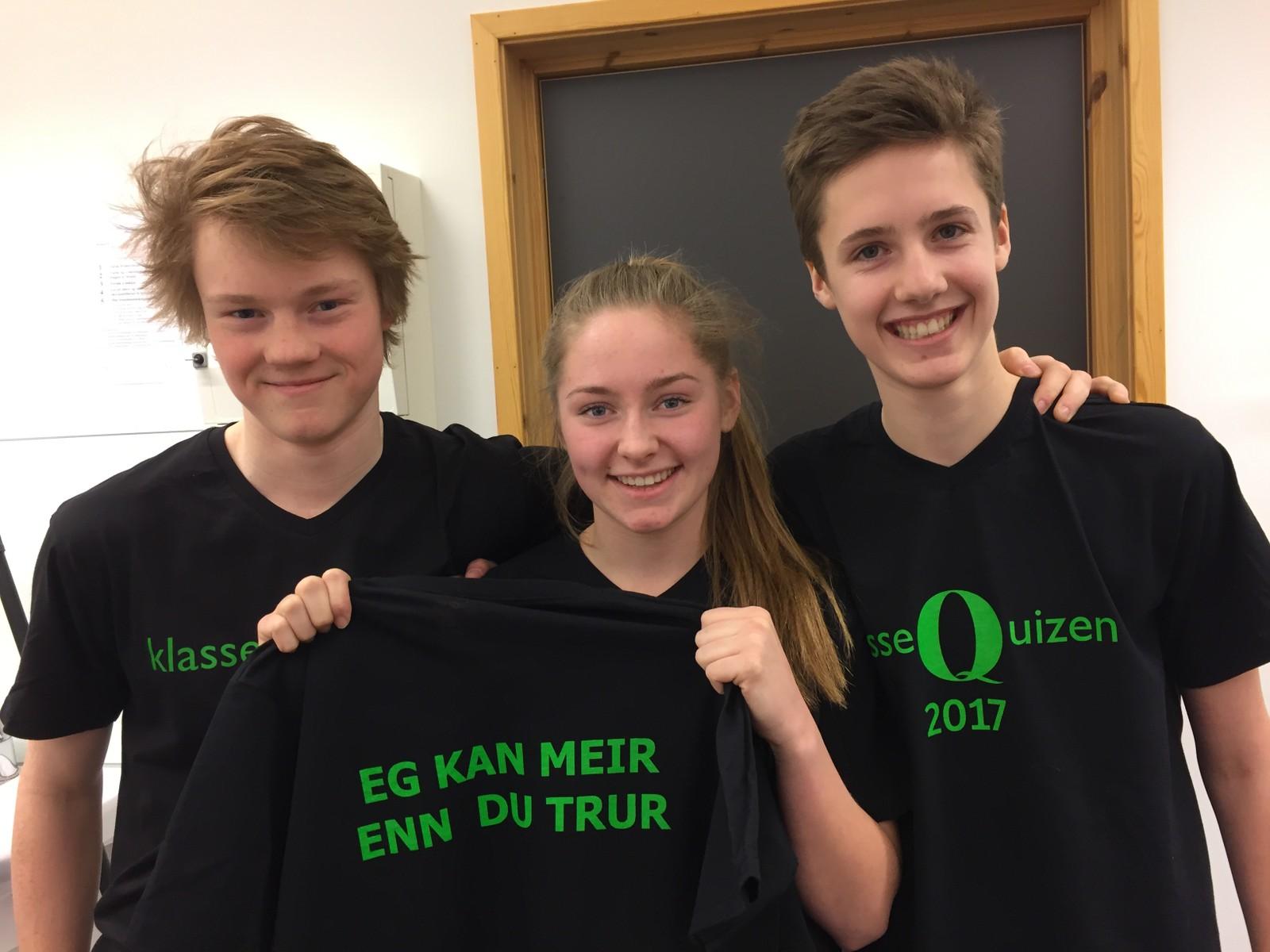 Edvin Jevnheim Bakkom, Julie Aanstad Rønningen og Paul Høsteng Haugen fra Skjåk ungdomsskule fikk sju poeng.