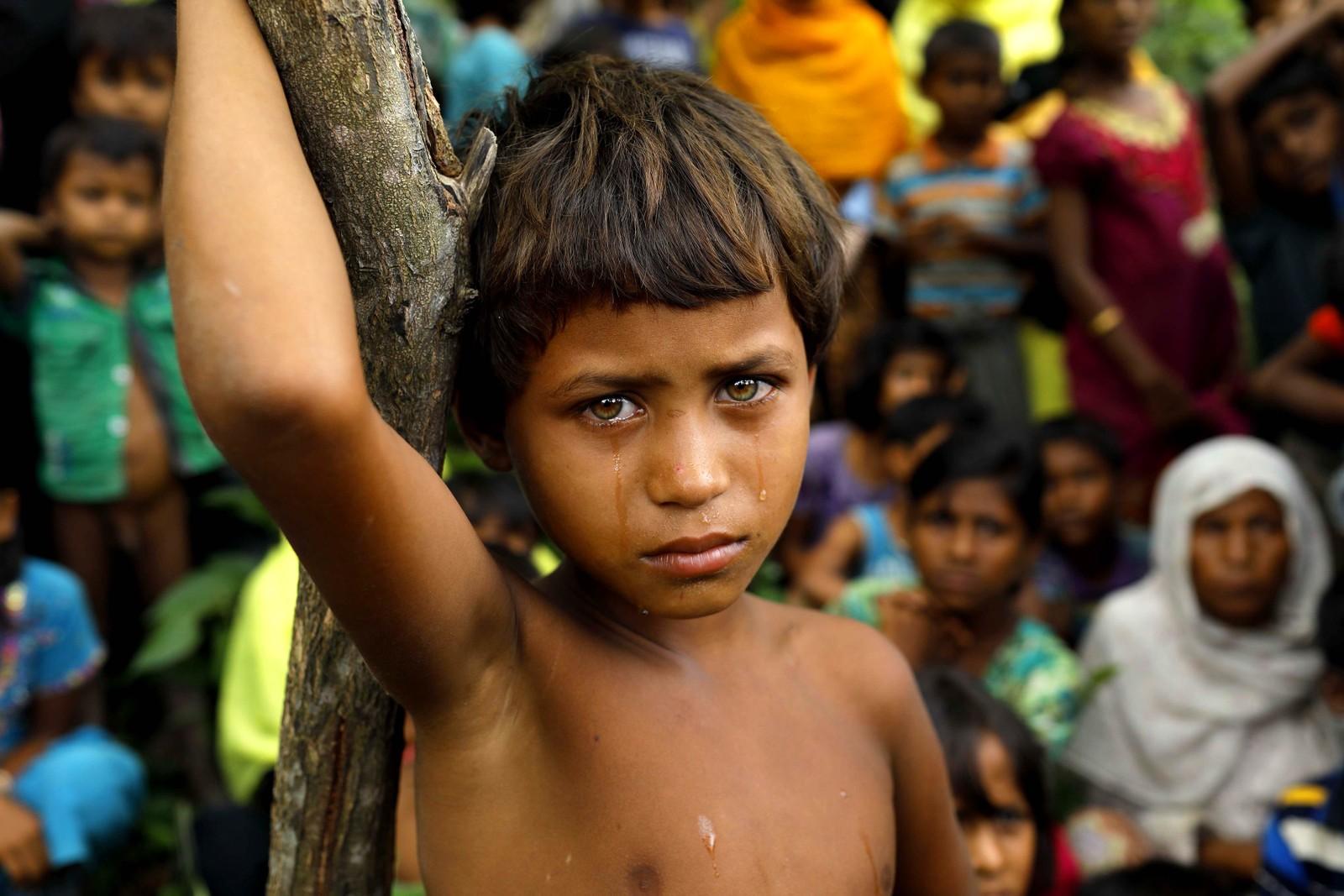 En flyktningjente som tilhører den muslimske Rohingya-minoriteten i Myanmar. Over 125.000 har flyktet fra Myanmar til Bangladesh. Dette bildet er tatt i Ukhiya.