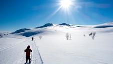 DRØMMEPÅSKE MED BISMAK: Sterk sol og mye snø kan være en skummel kombinasjon dersom man ikke beskytter seg.