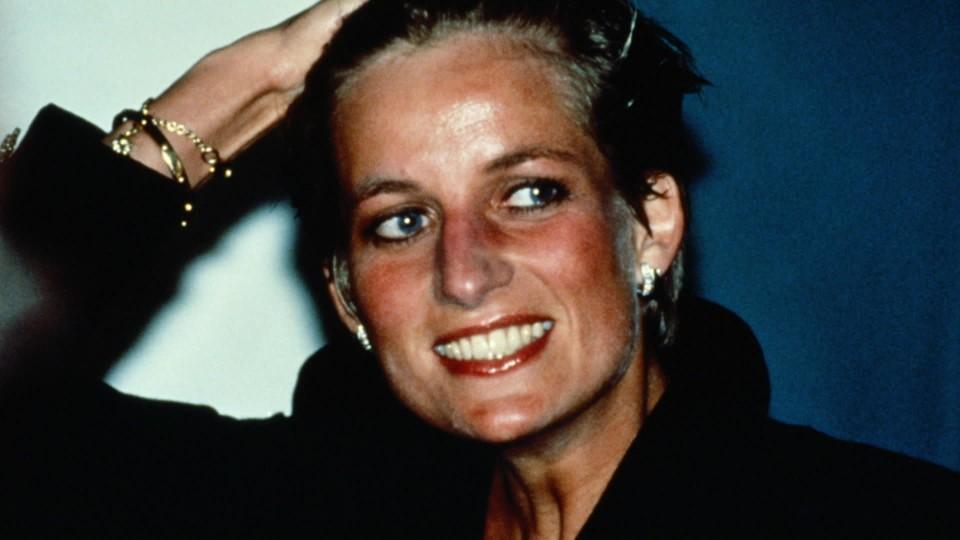 Diana - prinsessen som nesten veltet monarkiet