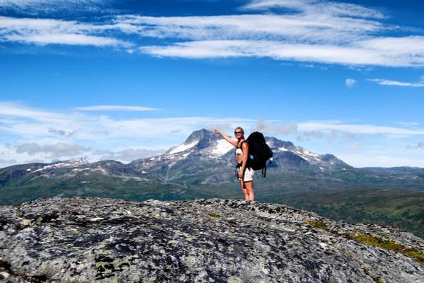 Utsikt til Snota på turen over Mellomfjell - Foto: Asgeir Våg