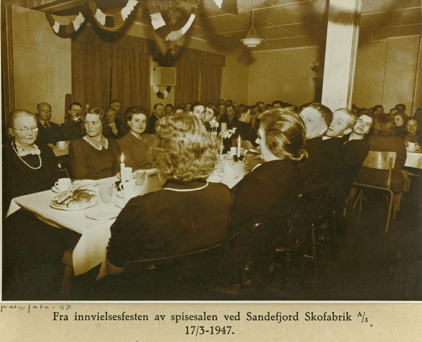 Fra innvielsen av spisesalen 17.06.1947