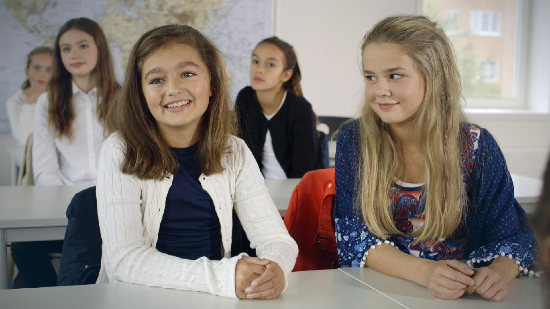 Jenter - 4. Jenter - sesong 6 (Sesong 6) - NRK TV