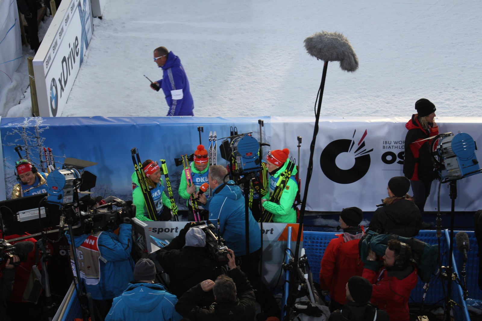 Women's relay, Mixed zone 11 March