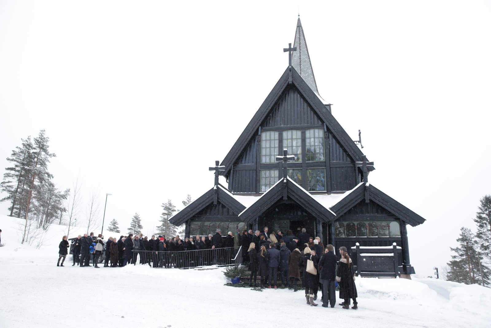Johan Martin Ferner ble bisatt i Holmenkollen kapell i Oslo.