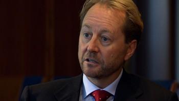 Kjell Inge Røkke vil ha flere fiskekvoter og færre fiskemottak på land.