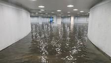 STORE MENGDER VANN: Undergrunnen under Danmarks plass er oversvømt av vann.