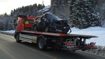 Bil involvert i frontkollisjon ved Orkanger