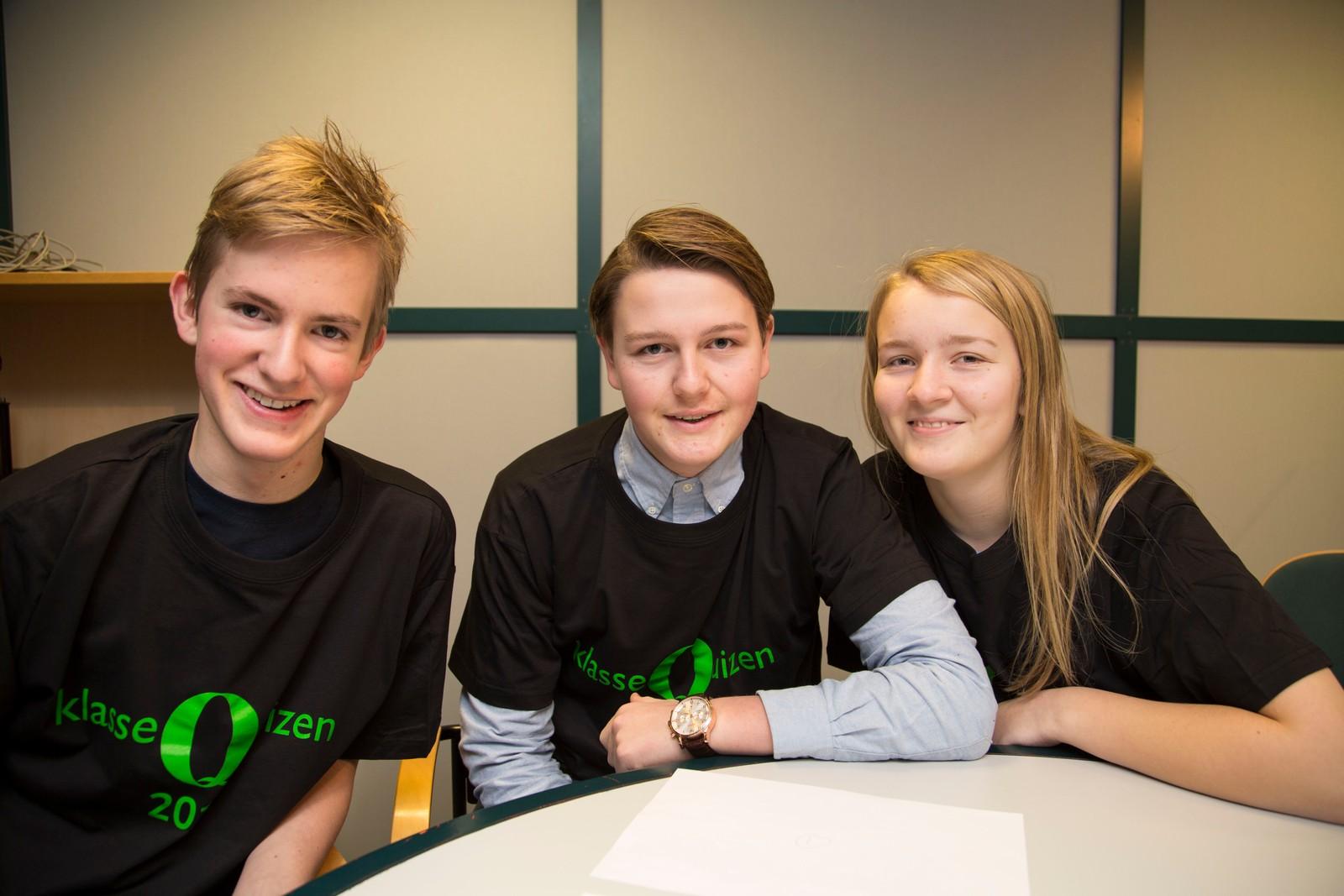 10 POENG: Gautesete skole var først ut i Klassequizen i Rogaland: Even Harboe, Elias Nilsen og Eva Melberg.