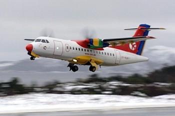 Video Widerøe får fortsette å fly i Lofoten