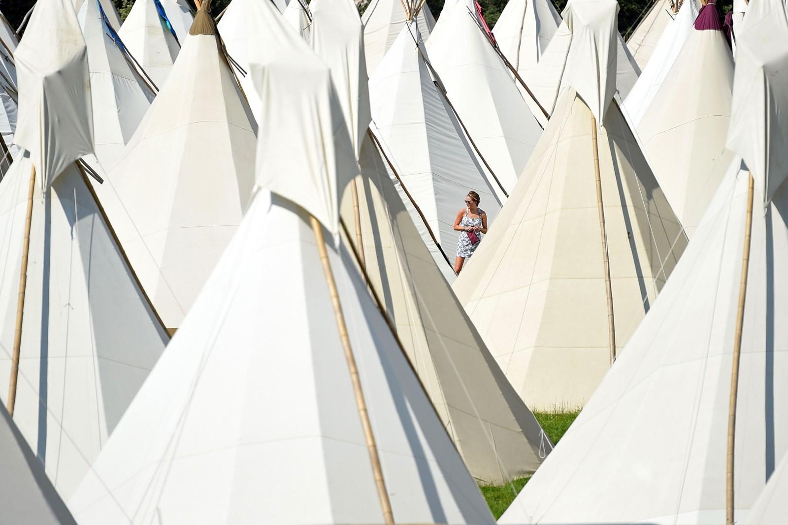 Teltjungel på musikkfestivalen Glastonbury i England.