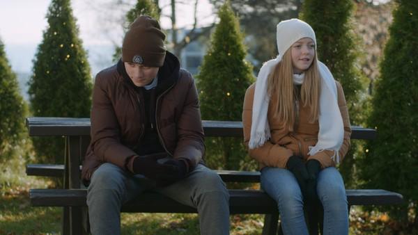 Erik får endelig snakka ut om hva som plager han og ordna opp med Samuel. Klarer han å redde vennskapet med Oda?
