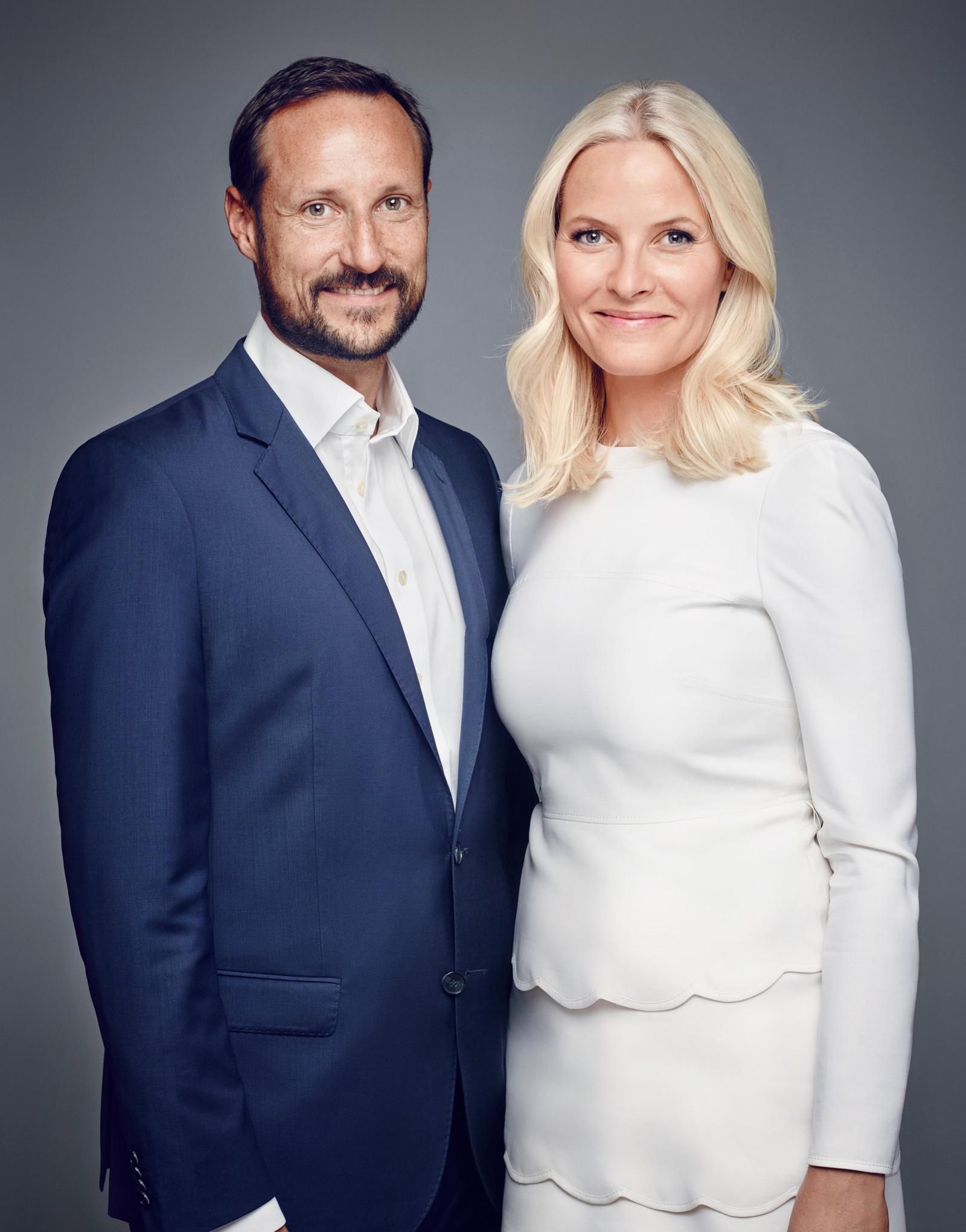 Deres Kongelige Høyheter Kronprinsen og Kronprinsessen.