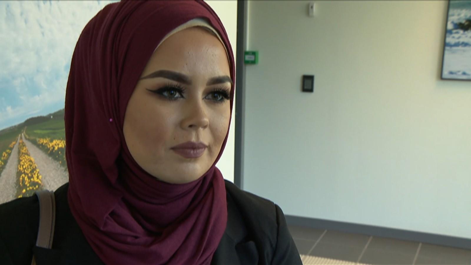 Malika Bayan kämpft gegen Diskriminierung von Muslimen. Bild: nrk.no/Rogaland