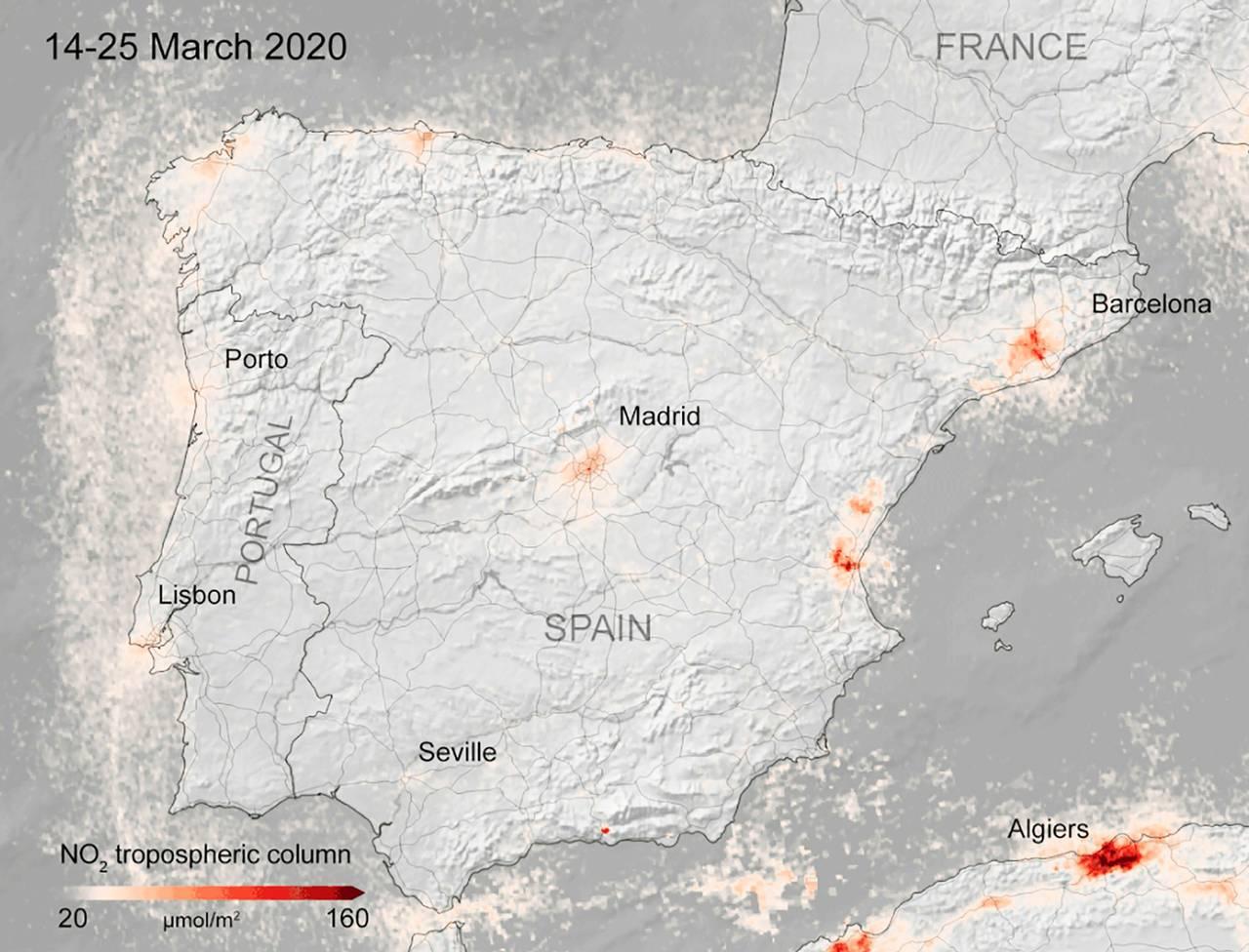 Kart fra ESA som viser konsentrasjonen av NOx-gasser i Spania i perioden 14.-25. mars 2020.