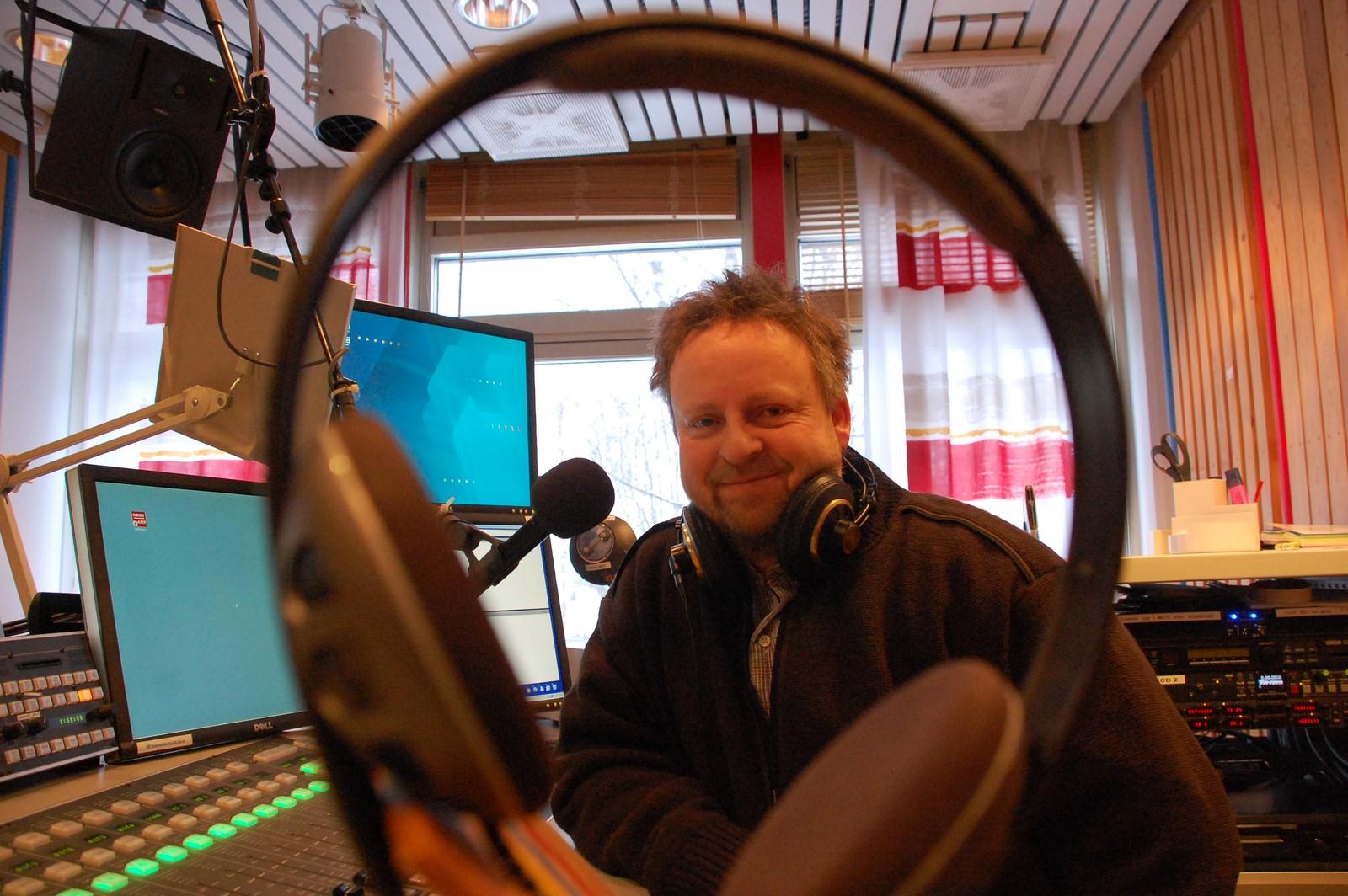 Jørn Haudemann-Andersen i studio på Lø