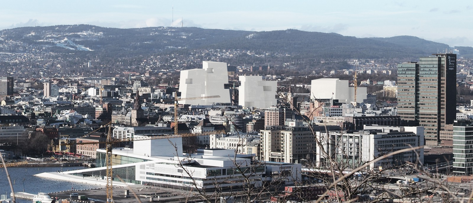 NUMMER 3 - LPO: Forslaget tilfører regjeringskvartalet flere markante, høye blokker. Her er en skisse over hvordan kvartalet vil synes fra Ekeberg.