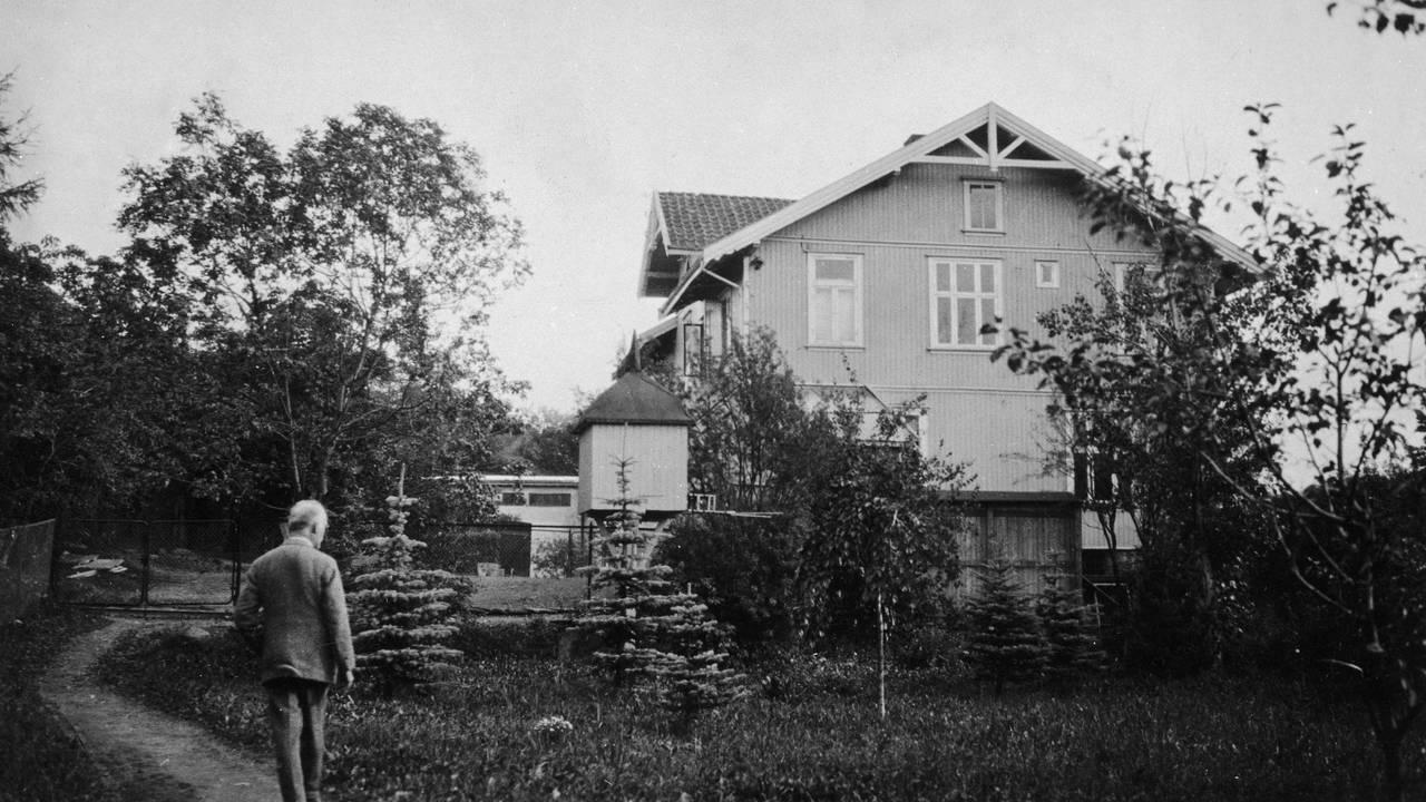 Edvard Munch i hagen på Ekely